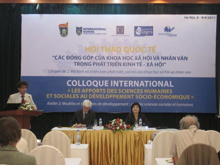 Chair 1 Hội thảo ở VNU năm 2011!