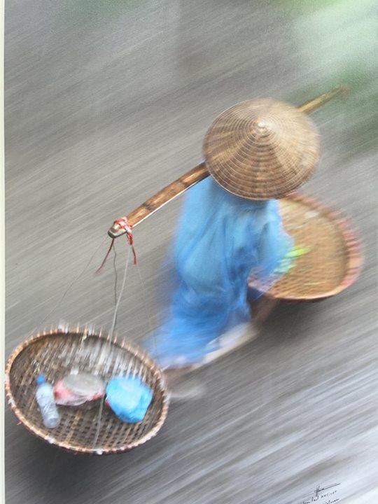 Tấm ảnh chụp một phụ nữ Việt nam của nhiếp ảnh gia người Pháp